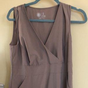 Lola tan dress with pockets. Size l